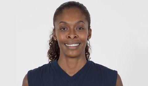 Cristina Alves, nueva central del equipo