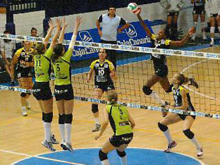El UBU gana en Tenerife y toma ventaja